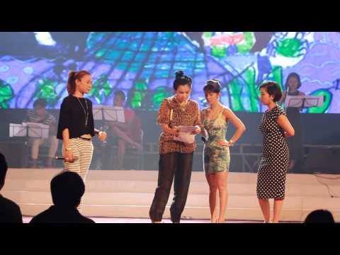 Biển Hát Chiều Nay - Bản nháp (Tổng duyệt Là Người Con Đất Việt 15.06.2014): Biển Hát Chiều Nay Thể hiện: Mỹ Tâm - Mỹ Linh - Hồng Nhung - Thanh Lam Tiết mục tổng duyệt của chương trình