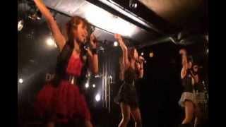 ロック系ダンスボーカルユニットSplash!です。