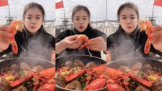 Fisher women eating seafood - …