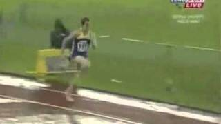 Тройной прыжок мужчины Мариан Опереа 17,40 м  Ч м  2005