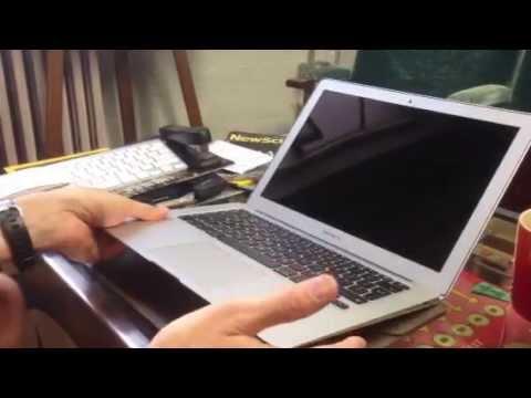 Mid-2013 MacBook Air experiencing black screen bug - CNET