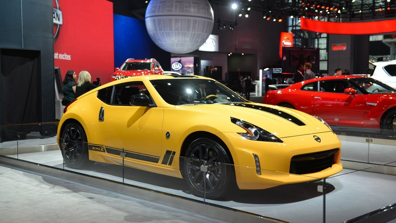The New Road Test Nissan 370z Heritage Special Edition Youtube