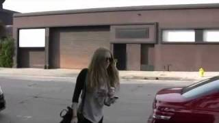 Paparazzi Video: Amanda out in Beverly Hills - 02/23/11