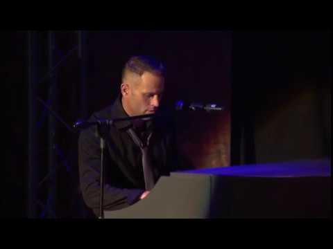 Garth Taylor - Missing You - LIVE