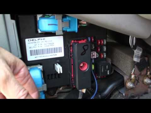 2006 Chevrolet Cobalt Fuse Box 05 Chevy Malibu Fuse Box Locations Youtube