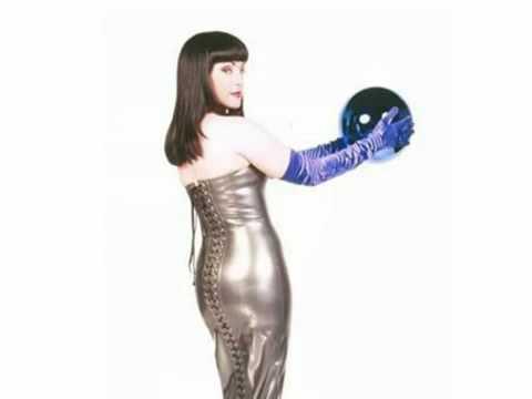 Jane Wiedlin - Kissproof World Promo Interview 2000 (3 Of 3)