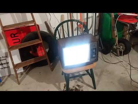 Vintage GE television set