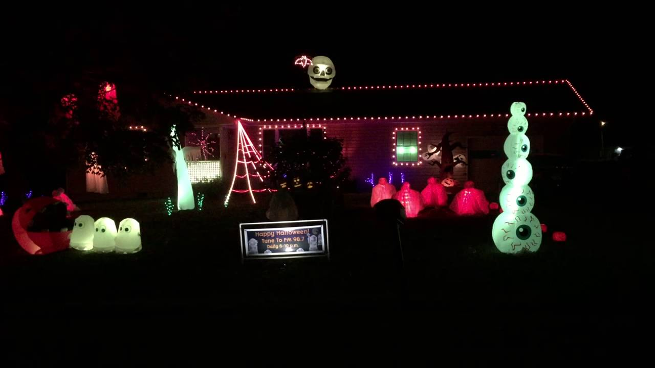 wamsley halloween light display thriller 2016 - Halloween Lights Thriller