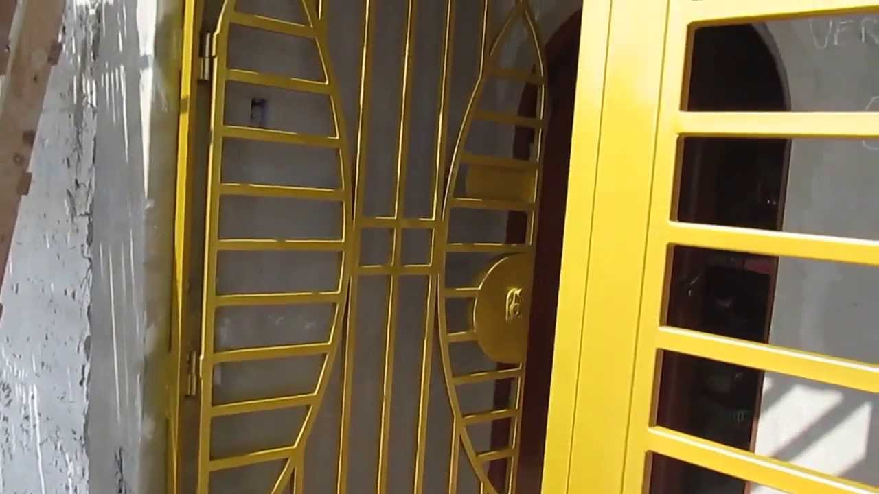 Reja de tubo cuadrado evermetal youtube for Modelos de puertas metalicas
