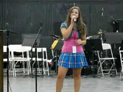 Taylor Ware singing My Little Lady Who