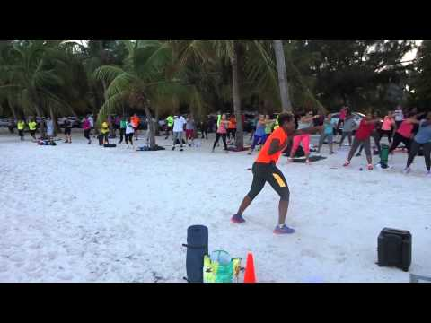 Outdoor Fitness Bahamas Montagu warm up