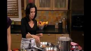 """Spaghetti Puttanesca Recipe - Italian Chef Deborah Dal Fovo's """"spaghetti Alla Puttanesca"""""""