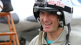 """Happy tourist from Netherlands fly to """"Edge of Space"""" in russian MIG-29! September 2015."""