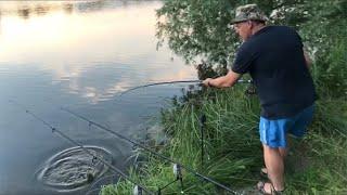 Рыбалка с ночевкой в Харькове Много крупного карася на дальняки Плотва на поплавочную удочку