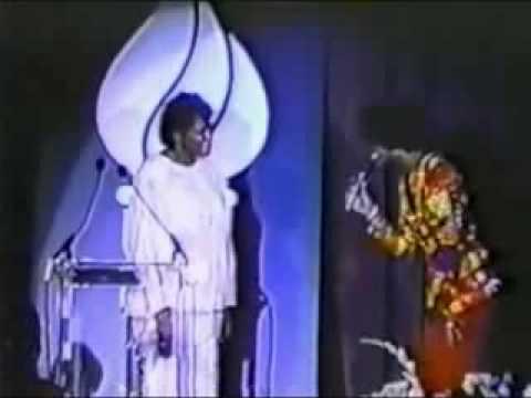 Whitney Houston sings Happy Birthday to Magic Johnson's mother