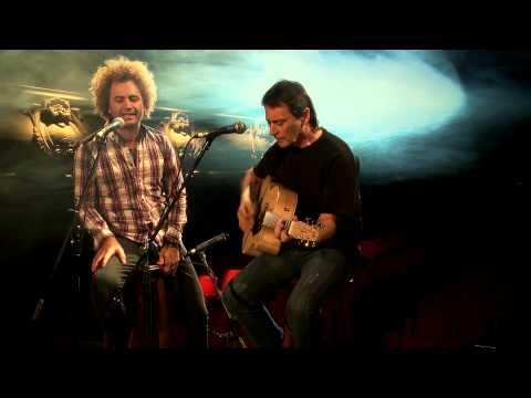 Micro Enrocke - Ike Parodi y Tano Marciello -  Los Fantasmas (Vudu)