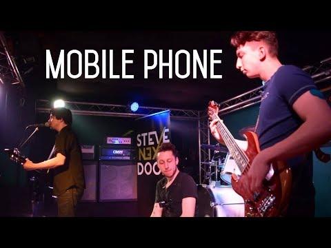STEVE NEXT DOOR: Mobile Phone - Unplugged in Hamburg, 2018