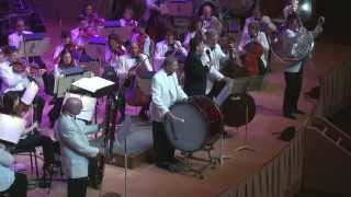 The Boston Pops perform 34 All About That Bass
