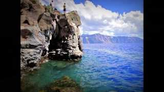 James Jumps into Crater Lake at Cleetwood Cove (Oregon, USA)