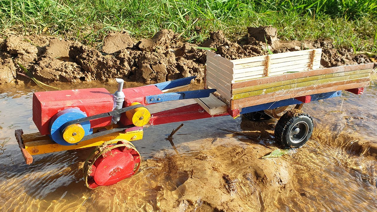 Making Mini Wooden Tractor - Woodworking Projects