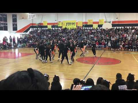 LAHS DANCE TEAM Holiday Assembly