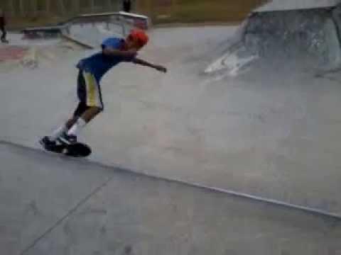 Skateboard Rock in` Roll