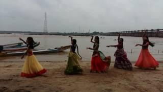 DANCE ON RANG DE RANG DE (A Aa)