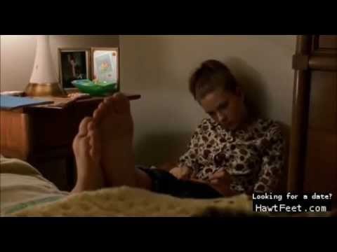 Celebrity feet scene - Scarlett Johansson