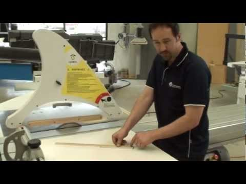 Panel saw crosscut fence alignment check