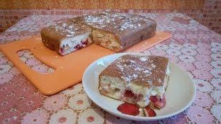 Простой десерт/шарлотка/пирог с начинкой из яблок и красной смородины