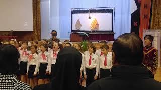 Download lagu Anak-anak sekolah Rusia menyanyikan lagu Indonesia Raya