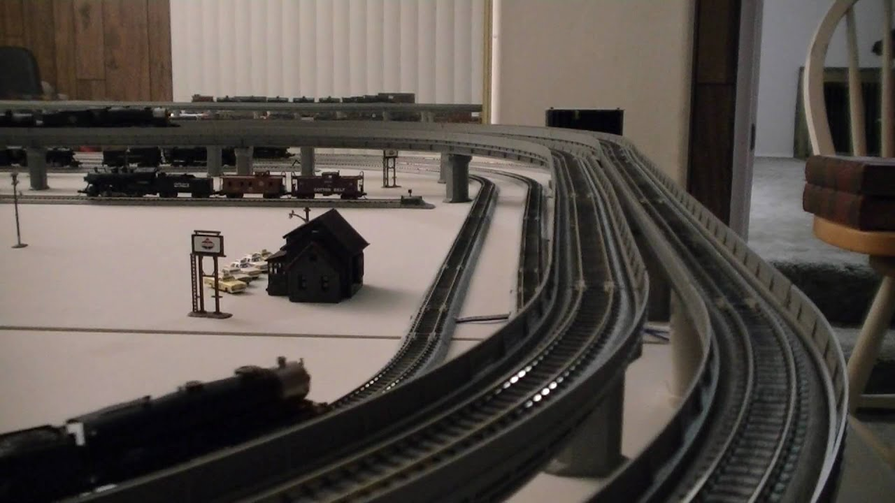 Kato N Scale Unitrack Layout Train Video 3
