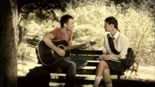 Çılgın Dersane Kampta - Berksan - Gözyaşındayım (Akustik)