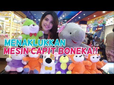 Menaklukkan Mesin Capit Boneka di Timezone Summarecon Mall Bekasi