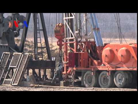 Low Oil Prices Hurting US Frackers (On Assignment)
