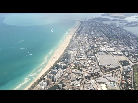 Flying - Landing Into Miami International Airport (Florida, U.S.A.) on American Airlines