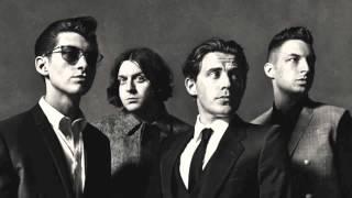 Arctic Monkeys - Hold On We