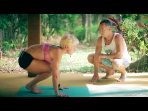 Ashtanga Yoga  - Pressing into Handstands with Jelena Vesic