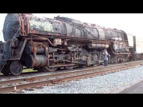 Abandoned steam engines at Sacramento