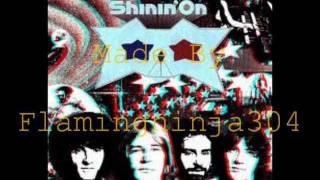 Grand Funk Railroad- Locomotion with lyrics