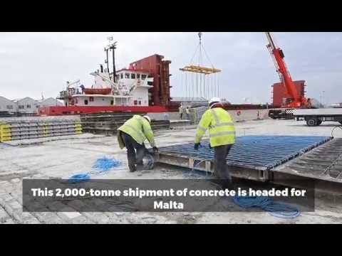 2,000-tonne concrete shipment at Great Yarmouth