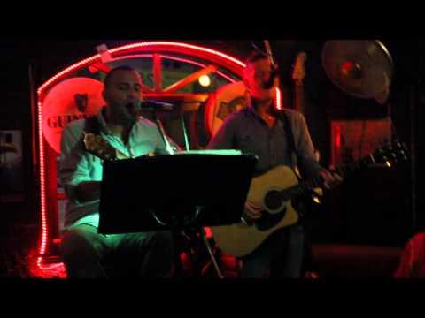 McCarthys Bar - The Satellites - Little lion Man