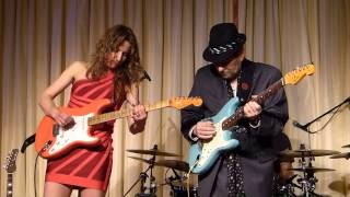 Ana Popovic & Ronnie Earl live at the Bull Run - One Room Country Shack  042013
