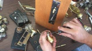 Video Antique or Baldwin Mortise Lock, my knob came off! [How to fix!] download MP3, 3GP, MP4, WEBM, AVI, FLV Juli 2018