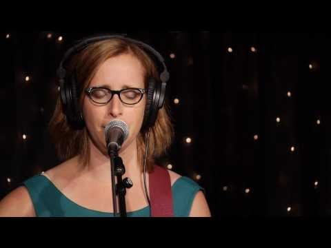 Laura Veirs - Sun Song (Live on KEXP)