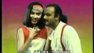Yus Yunus Feat Murni Chania - Cinta Dibalas Cinta