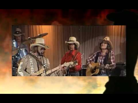 Hank Williams Jr. - FAMILY TRADITION (RE-MASTERED) (OFFICIAL UNOFFICIAL VIDEO)