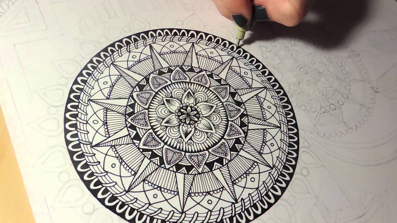 Mandala Dreamcatcher Speed Drawing