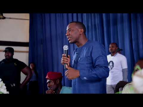 Hurricane Sowore Sweeps Across Eastern Nigeria - Benin City