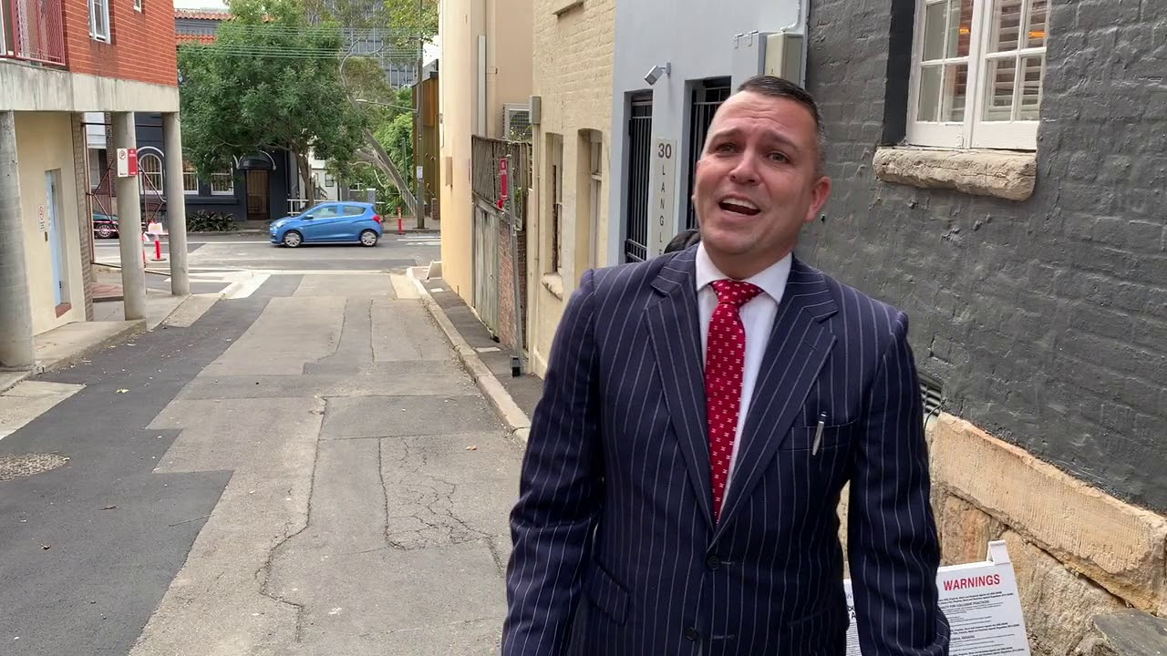Darlinghurst home sold at auction